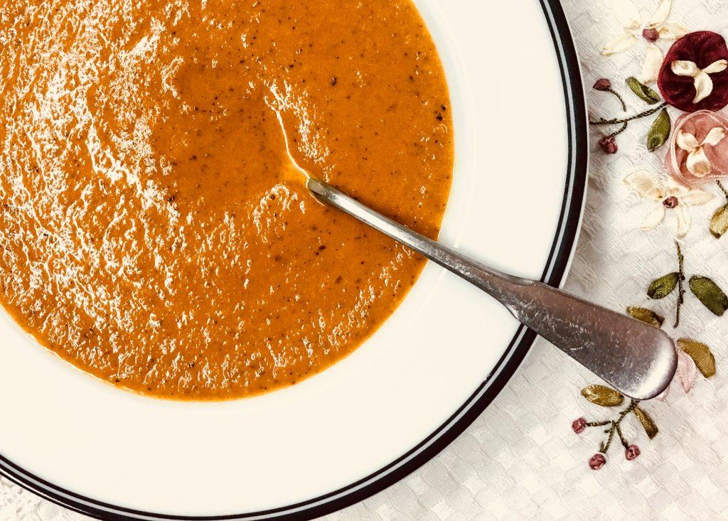 Zupa Pomidorowa -- Tomato Soup