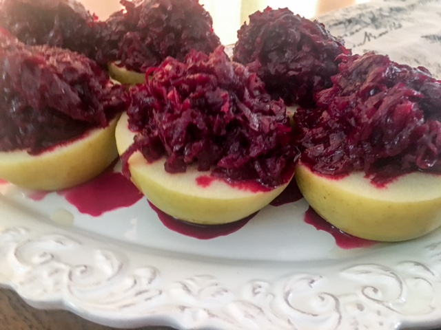 apple with sweet and sour beets
