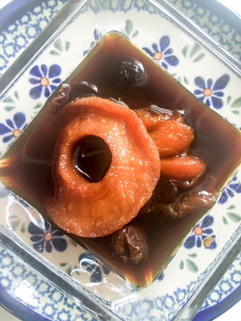 Quick and easy; Dried Fruit Kompot or Kompot z Suszonych Owocow, a Polish classic, to eat or drink!