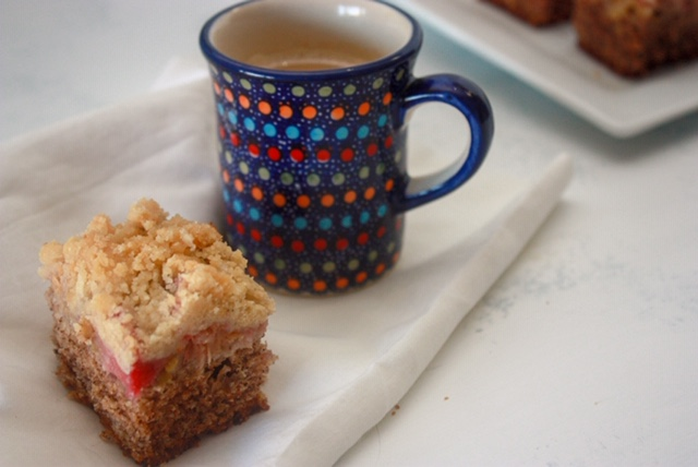 Polish Rhubarb Crumb Cake